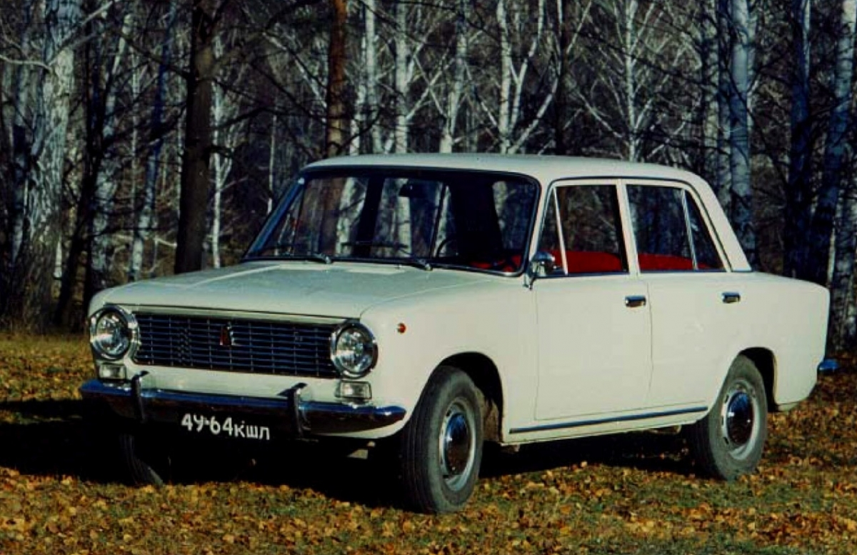 Cars For Comrades Images Seventeen Moments In Soviet History