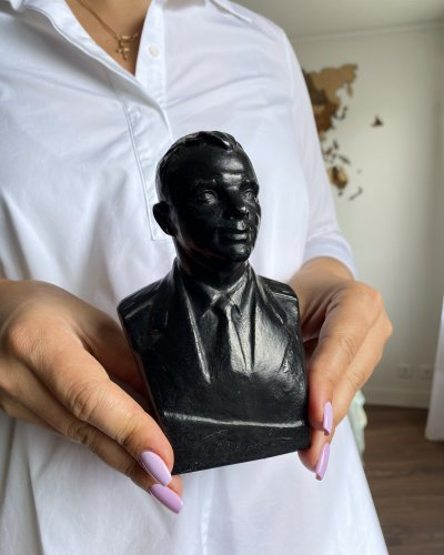 Buste Youri Gagarin – Leningrad