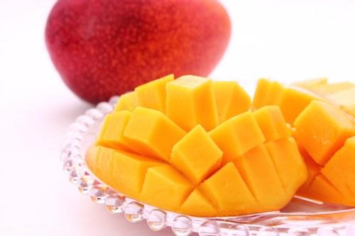 母の日にフルーツはいかがマンゴー