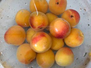 完熟梅ジャムの作り方簡単で美味しい桃のよう