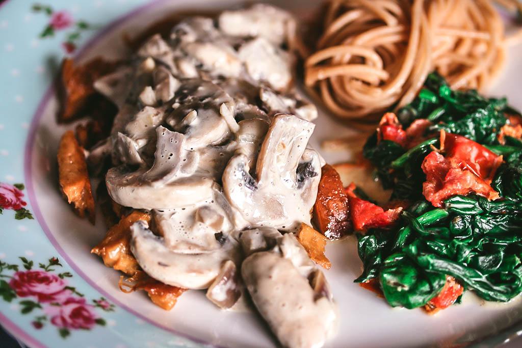 Vegan champignonsaus