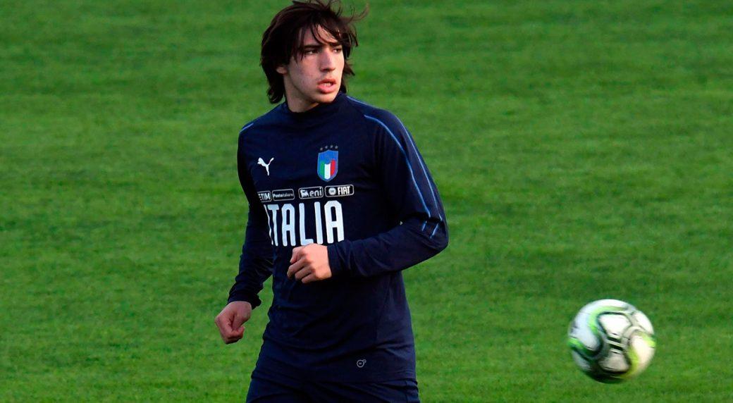 El Milan negocia por Sandro Tonali
