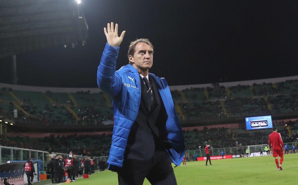 Mancini: «Nuestros jugadores mejoran partido tras partido»