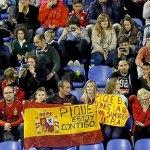 Repartirán banderas españolas antes de la final de Copa