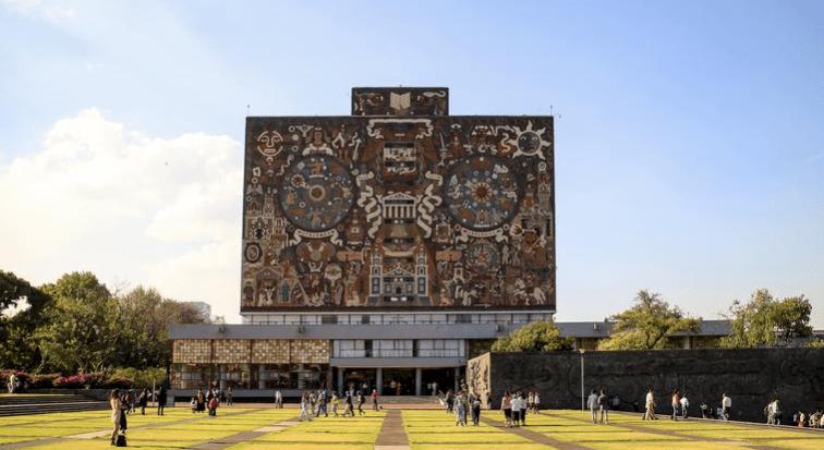 La UNAM cumple 110 años