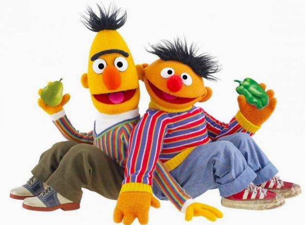 Desmienten versión de guionista de que Beto y Enrique eran pareja