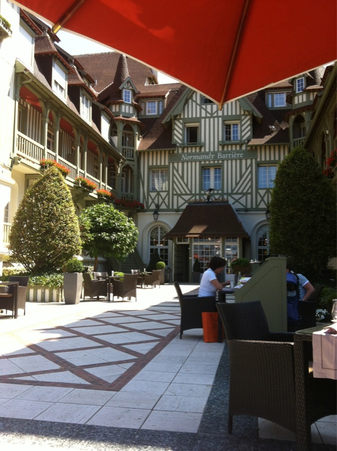Terrasse Hotel Normandy Deauville