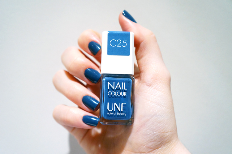 Vernis Une natural beauty test avis pinceau manucure Nail Colour C25 Bleu