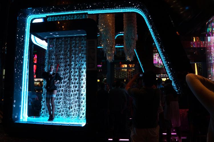 Vegas LV Bond bar Las Vegas Cosmopolitan