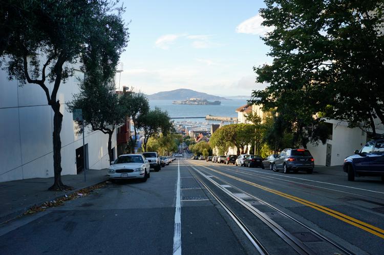 Rue penchée typique SF