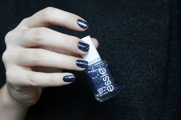 Essie stroke of brilliance review swatch vernis Luxury Effect
