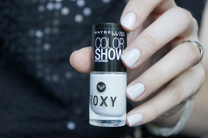 Vernis Roxy Gemey Maybelline Pop Surf - 130 Winter Baby - swatch test avis