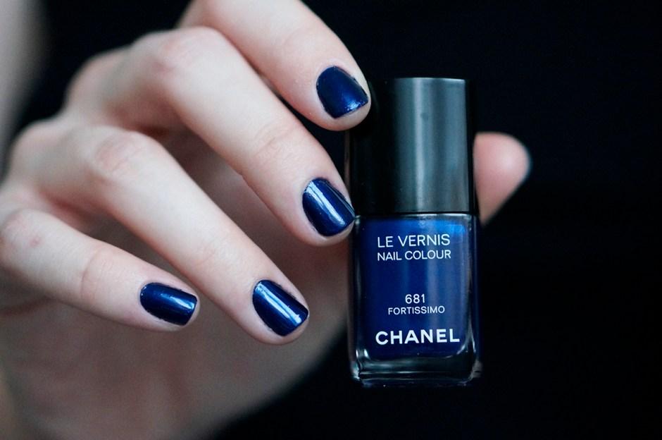 Chanel 681 Fortissimo swatch vernis avis