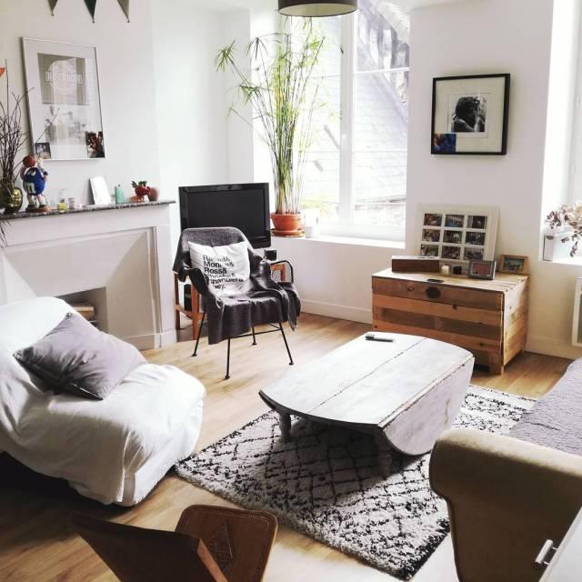 Notre appartement Airbnb ce weekend  Caen tait tellement parfaithellip