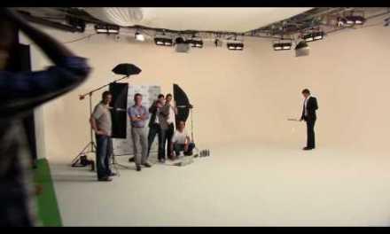 Viral: El mejor truco de Roger Federer con la raqueta