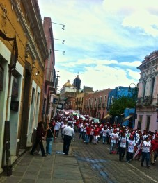 A rally for Enrique Agüru in downtown Puebla