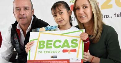"""Entrega Mario Calzada Becas """"Yo Progreso"""" en La Cañada"""