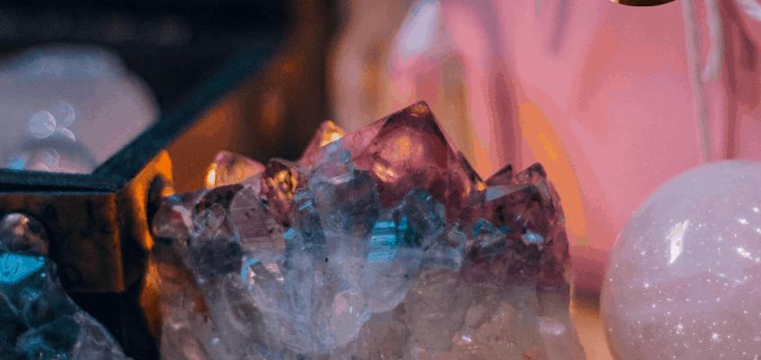 Cristales que Deberías Evitar en Infusiones