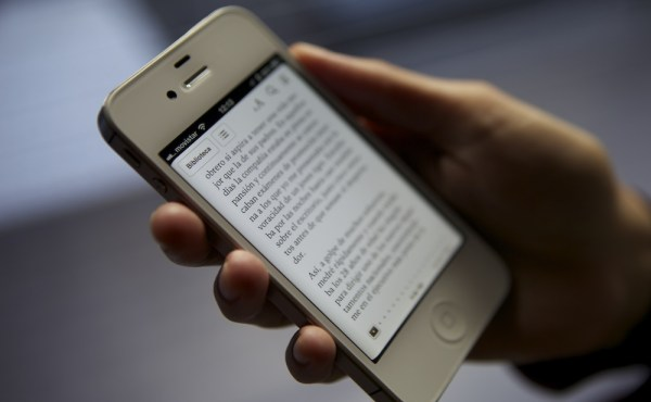 ebook_reader_phone