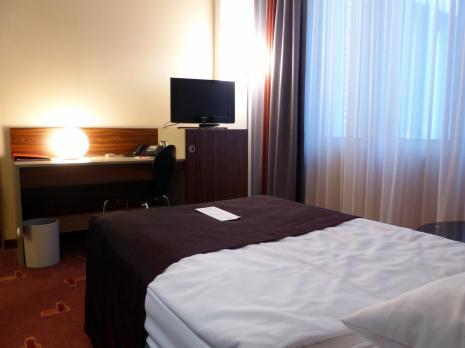 Azimut Hotel Cologne City Center (Foto: Peter Jebsen - alle Rechte vorbehalten)