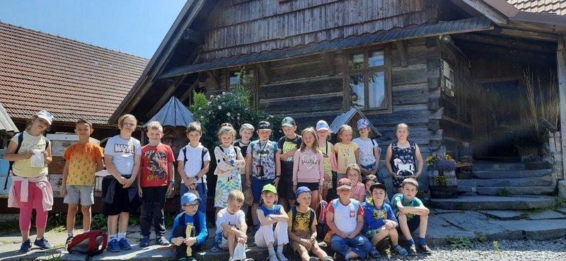 Wycieczka klasy 1c do Chlebowej Chaty w Górkach Małych