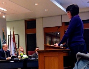 Karen Seiser, addresses school board about contract on 1/9/2014