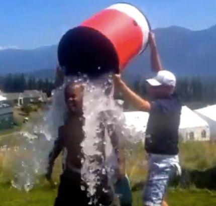 Milloy doing ALS Ice Bucket Challenge at TPC Snoqualmie Ridge, 8/18/14