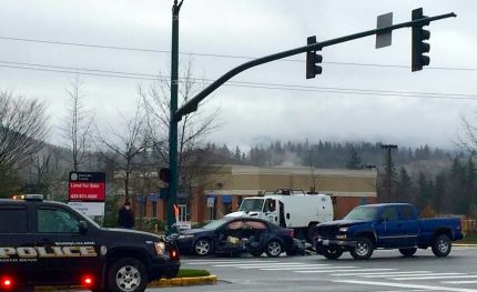 Accident scene at Snoqualmie Pkwy and Center Blvd, 2/26/15