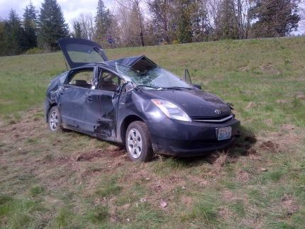 Prius damaged in hit and run collision on I-90 near North Bend, 4/6/15. Photo:  WA State Patrol