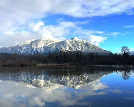 mt si snow reflection millpond
