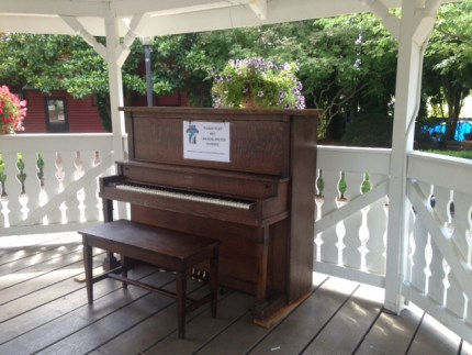 Piano at the Gazebo