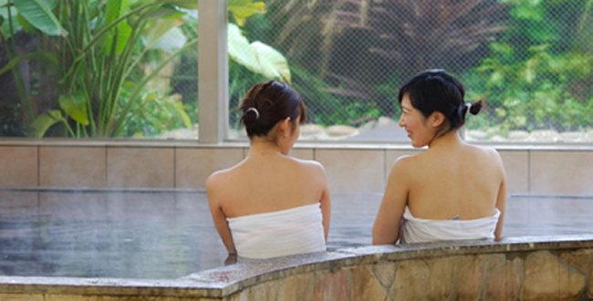 「バリ風天然温泉スパリブールヨコハマ シャワーも温泉使用の日帰り温泉」のアイキャッチ画像