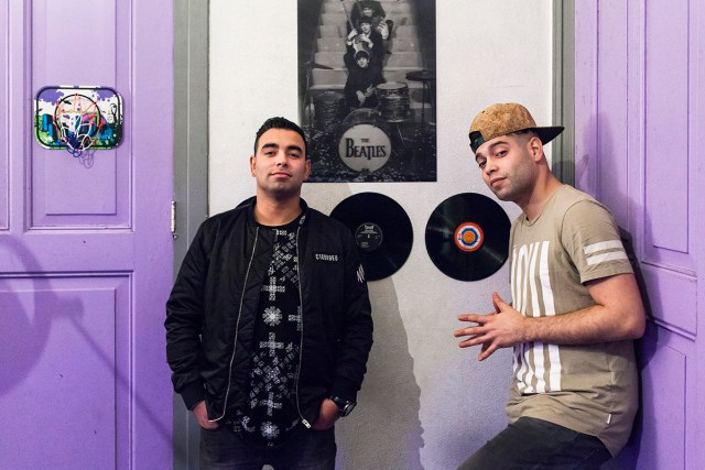 dos hermanos rappers