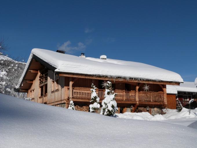 The stunning Ferme de Montagne ski lodge at Les Gets