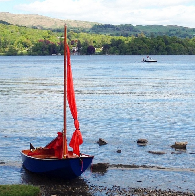 A pop of bright colour in the Lake District