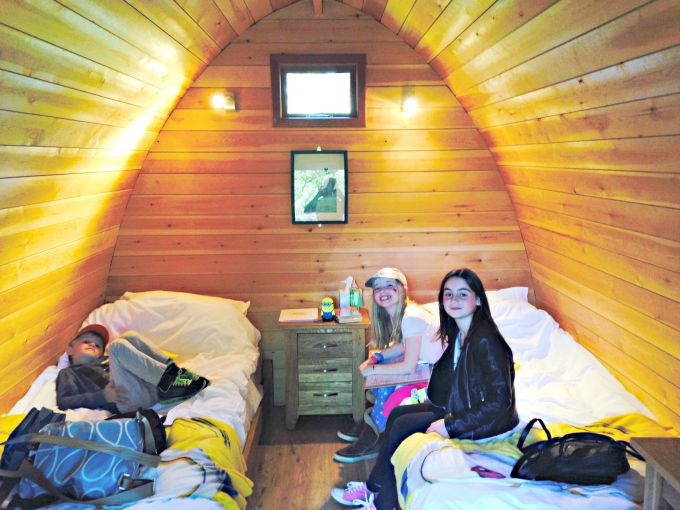 Inside-the-Lookout-Lodges-at-Whipsnade-Zoo
