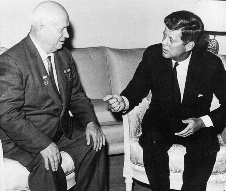 Le retour du Leviathan. La bataille de Kennedy contre le Léviathan