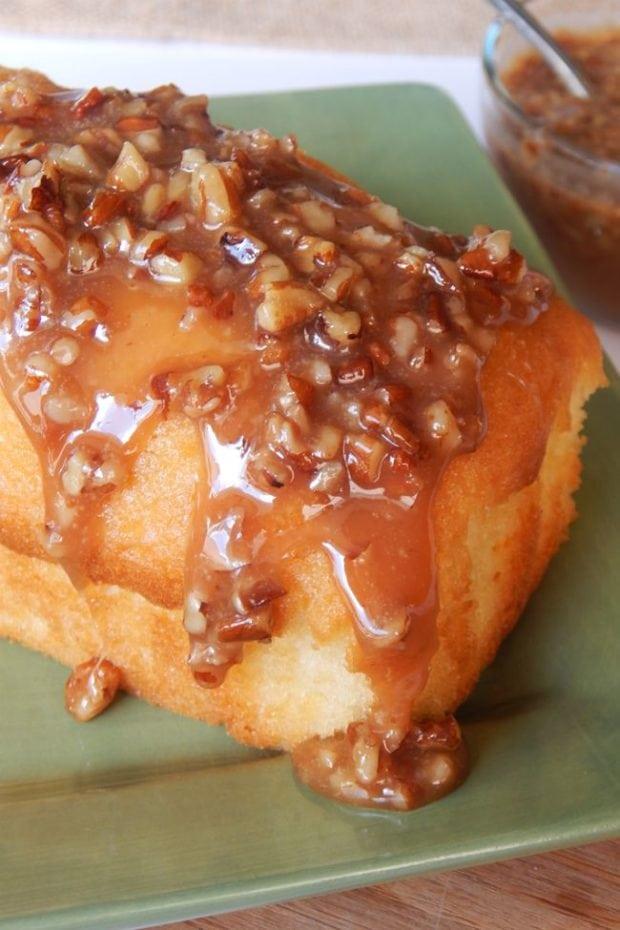 Pound Cake with Praline Sauce