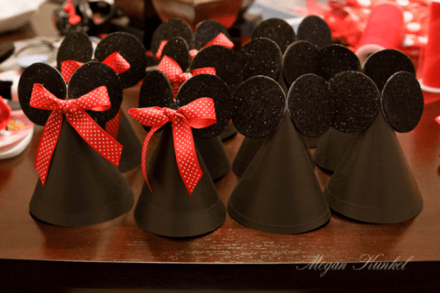 5 Minnie and Mickey Party Hats Tutorial