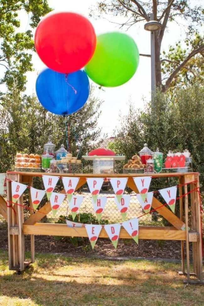football-birthday-party-cake-table-ideas
