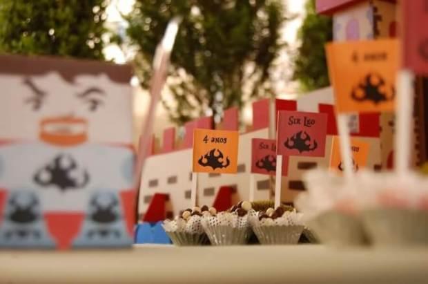 Boy's Knight Themed Birthday Party Cupcakes
