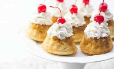 Mini Upside Down Pineapple Cupcakes