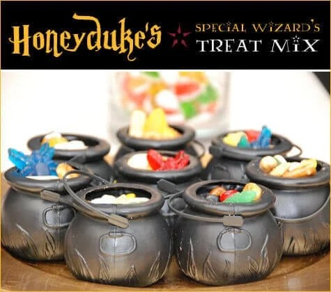 Treat your guests with a cauldron full of homemade Harry Potter snack, Honeydukes Special Wizard's Treat Mix
