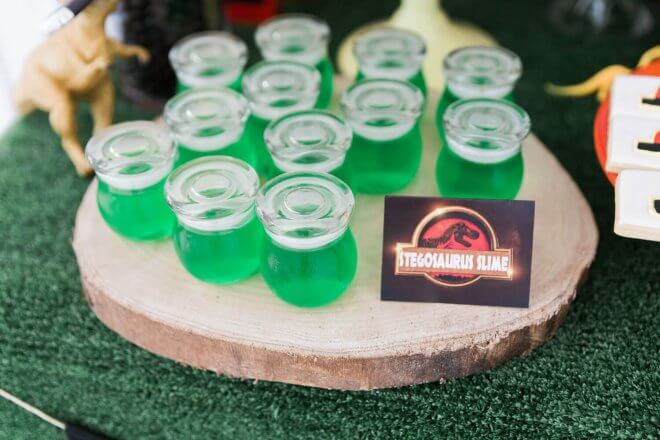 A Jurassic Park Inspired Boy S Dinosaur Birthday Party Spaceships And Laser Beams
