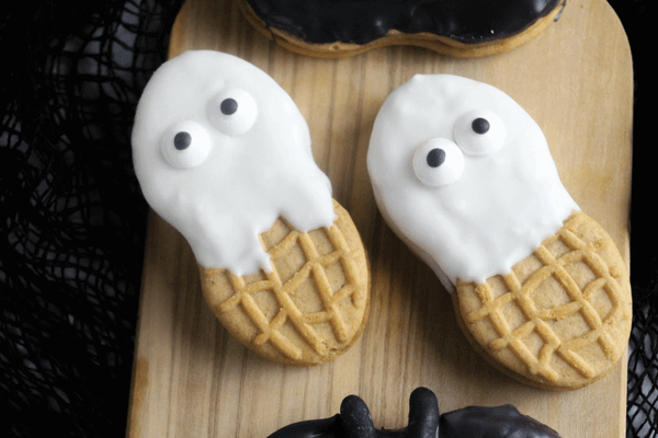 how-to-make-nutter-butter-ghosts-3