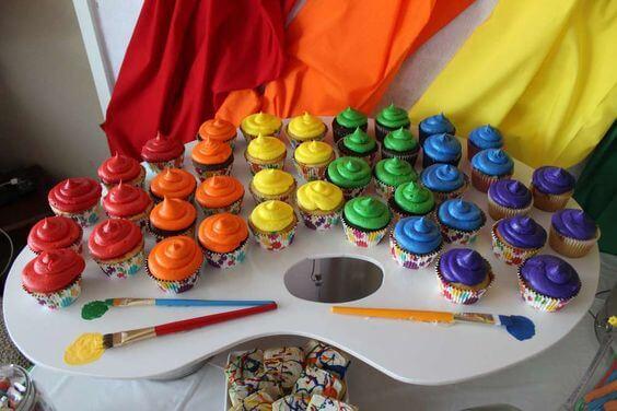 Rainbow Cupcakes Display
