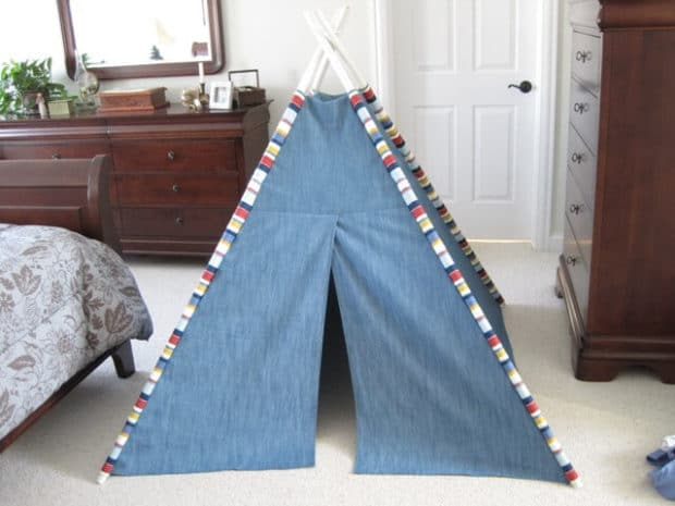 DIY Slumber Party Tent Tutorial