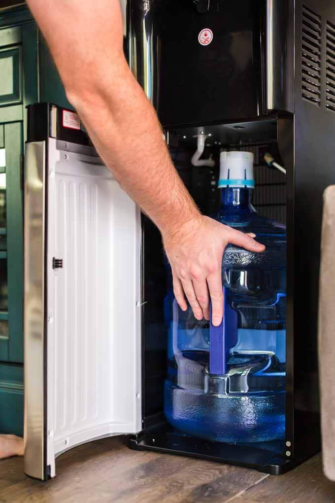 Easy Water Dispenser