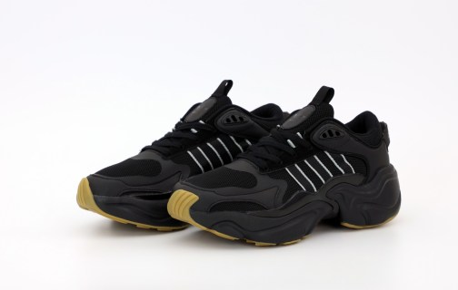 Кроссовки мужские Adidas Magmur Runner Black • Space Shop UA