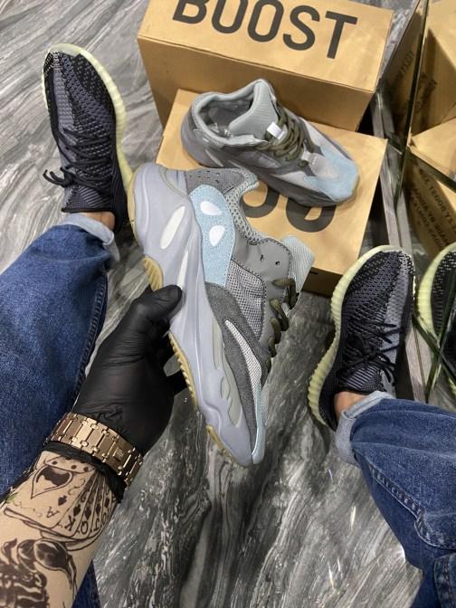 Кроссовки женские Adidas Yeezy 700 Brown Grey. (Серый) • Space Shop UA